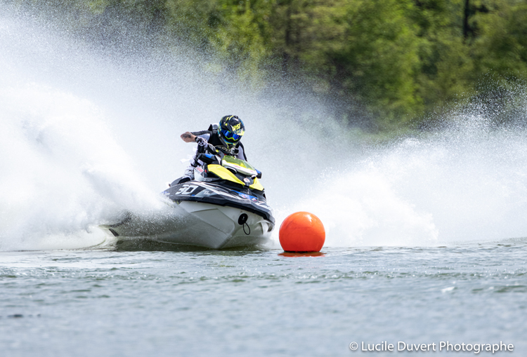 photographe-professionnelle-sport-jet-ski