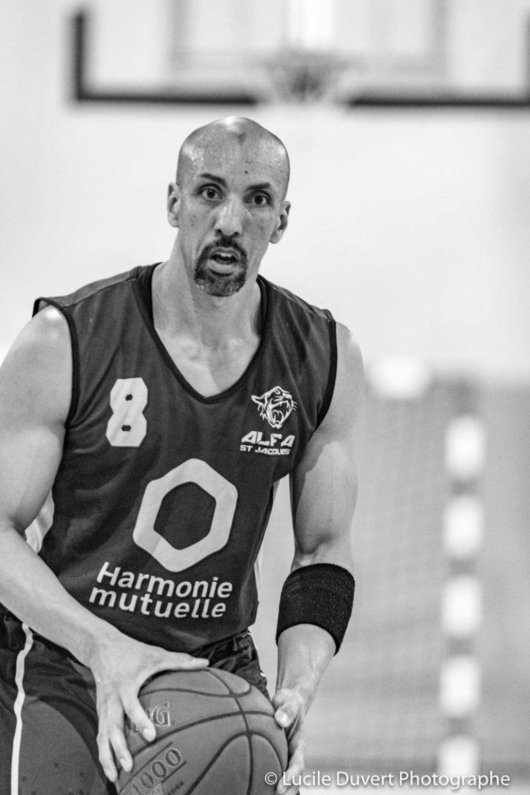 photographe-professionnelle-basketball-joueur