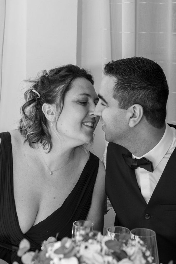 photographe-professionnelle-mariage-bisou